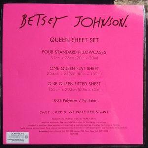 Betsey Johnson Bedding - Betsey Johnson Black Queen Sheets
